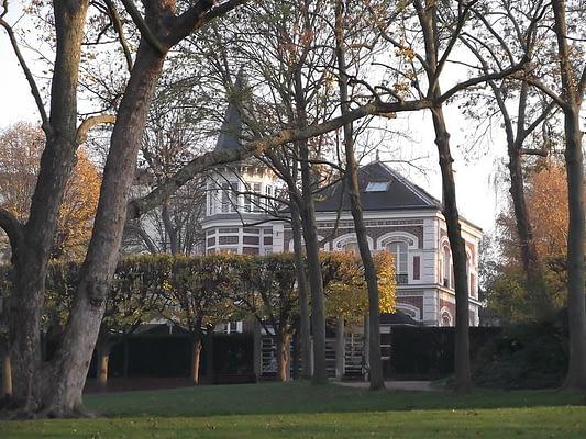 vanves-parc-pic-pavillon